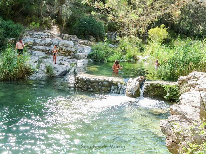 Piscinas naturales alicante beceite piscinas naturales for Piscinas naturales horcajo de la sierra